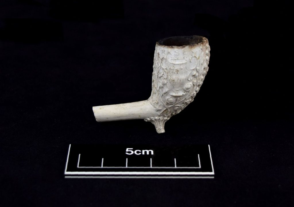 Fire Clay Pipes : Find of the month december clay pipe bowl allen archaeology